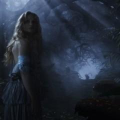'Alicia en el País de las Maravillas', Burton firma una adaptación digna aunque no genial