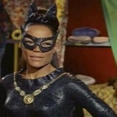 Muere Eartha Kitt, Catwoman, a los 81 años