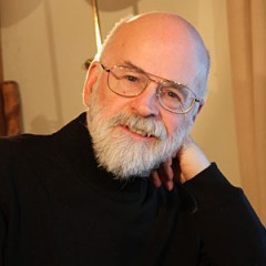 Terry Pratchett es nombrado Caballero