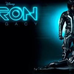 Monos para moteros frikis de Tron, Iron Man, Wolverine y Batman
