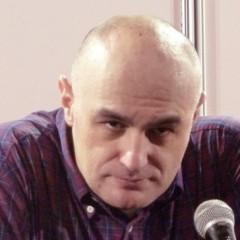 Pedro Angosto se ensaña con el dibujante Iban Coello y desprecia su trabajo en DC Comics