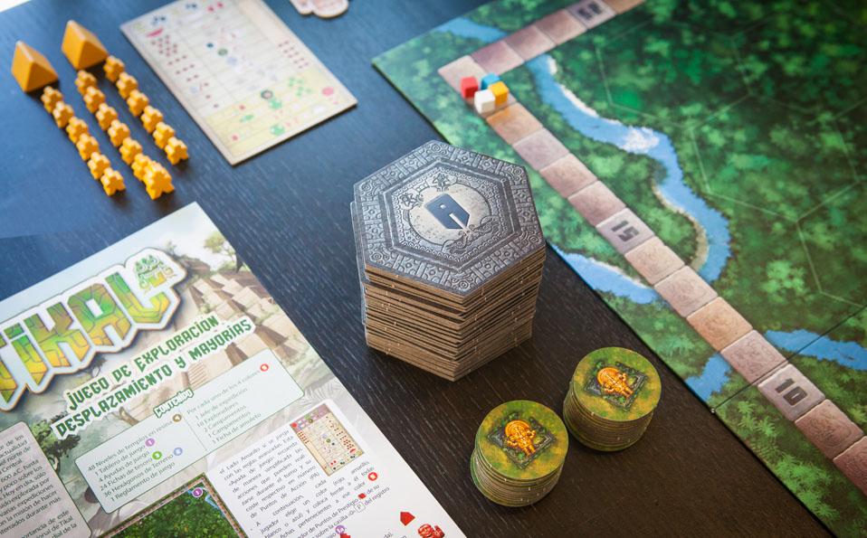 Tikal. Losetas hexagonales