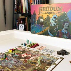 'Feudum', un juego de economía medieval y monstruos gigantes